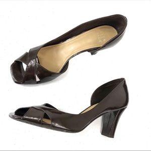 ALEX MARIE brown patent heels EUC sz 7.5